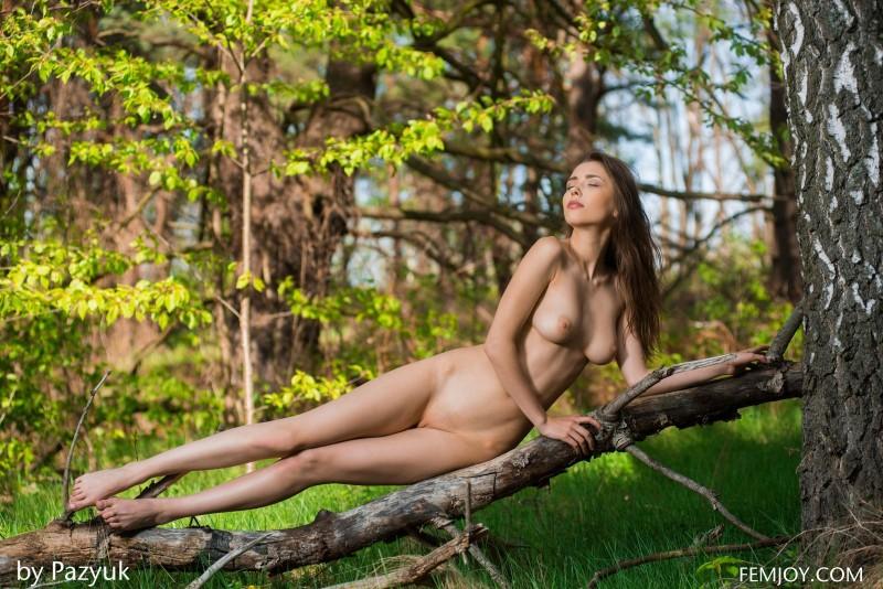 Nude Mila Femjoy Youramateurporn 1